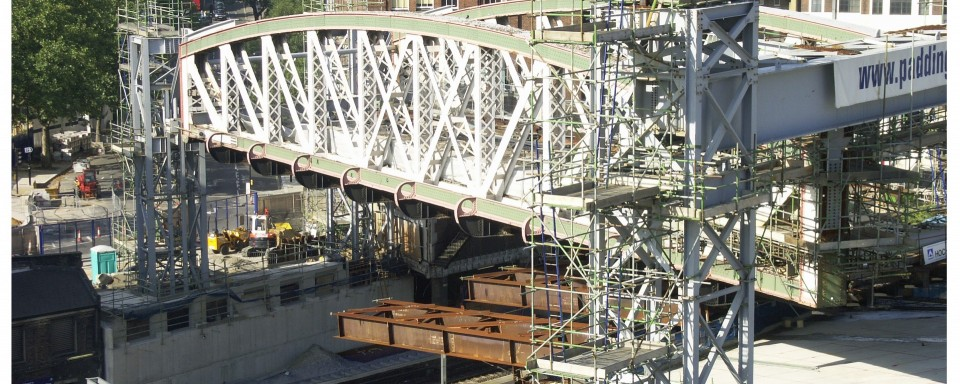 Existing Truss Raised on Temporary Towers
